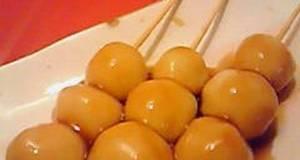 Mitarashi Dango with Tofu for Cherry-Blossom Viewing