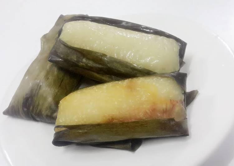 Kanya's Banana with Sticky Rice / Khao Tom Pad