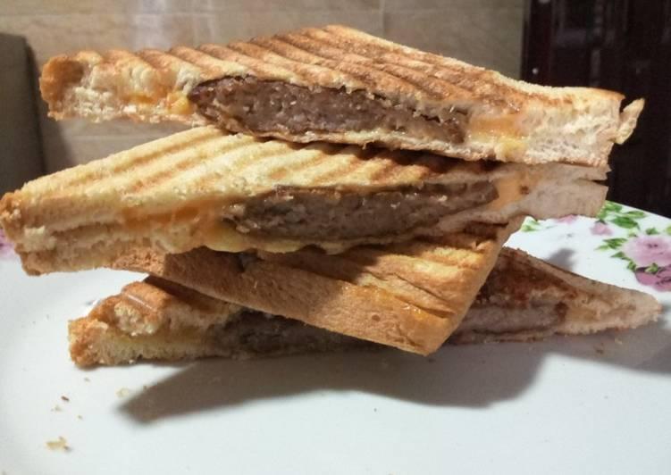 Cheesy beef sandwich
