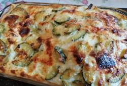Preparazione di ricette Lasagne ai cereali con zucchine, fiori e besciamella di riso delizioso