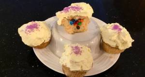 Surprise Vanilla Cupcakes with White Chcolate Cream Frosting