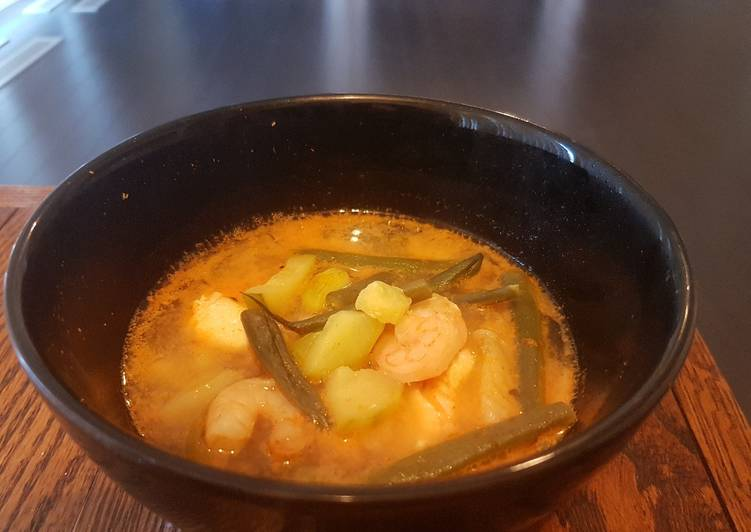 """Spicy """"Asian"""" Coconut Seafood & Vegetable Soup"""