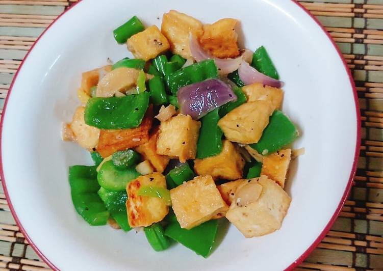 Tofu Stir-Fry with Bell Peppers