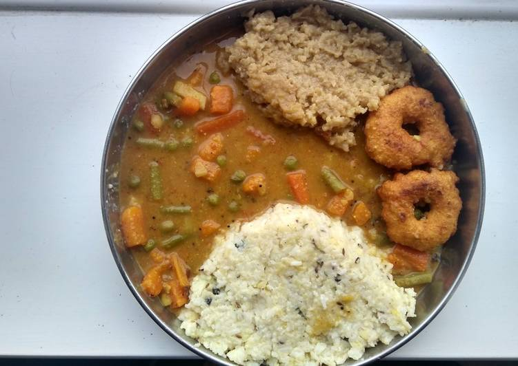 South Indian Breakfast - Ven Pongal & Kadamba Sambhar, Choosing Wholesome Fast Food