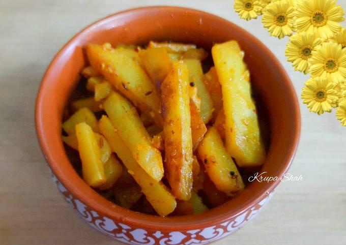 Recipe of Homemade Potato chips ki sabji