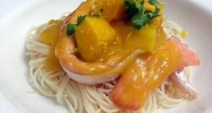 Spaghetti And Salmon In Mango Sauce