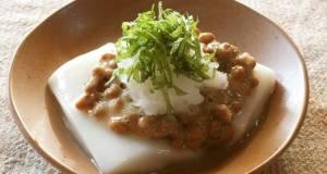 Mochi Rice Cakes with Grated Daikon Radish and Natto