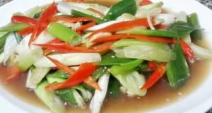 Kanyas Leeks and Chili Stir fried