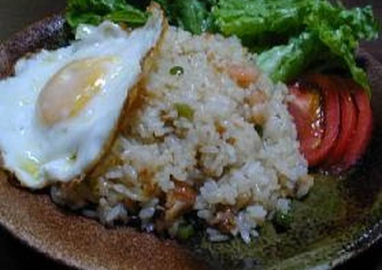 Indonesian Fried Rice with Chicken and Shrimp Nasi Goreng