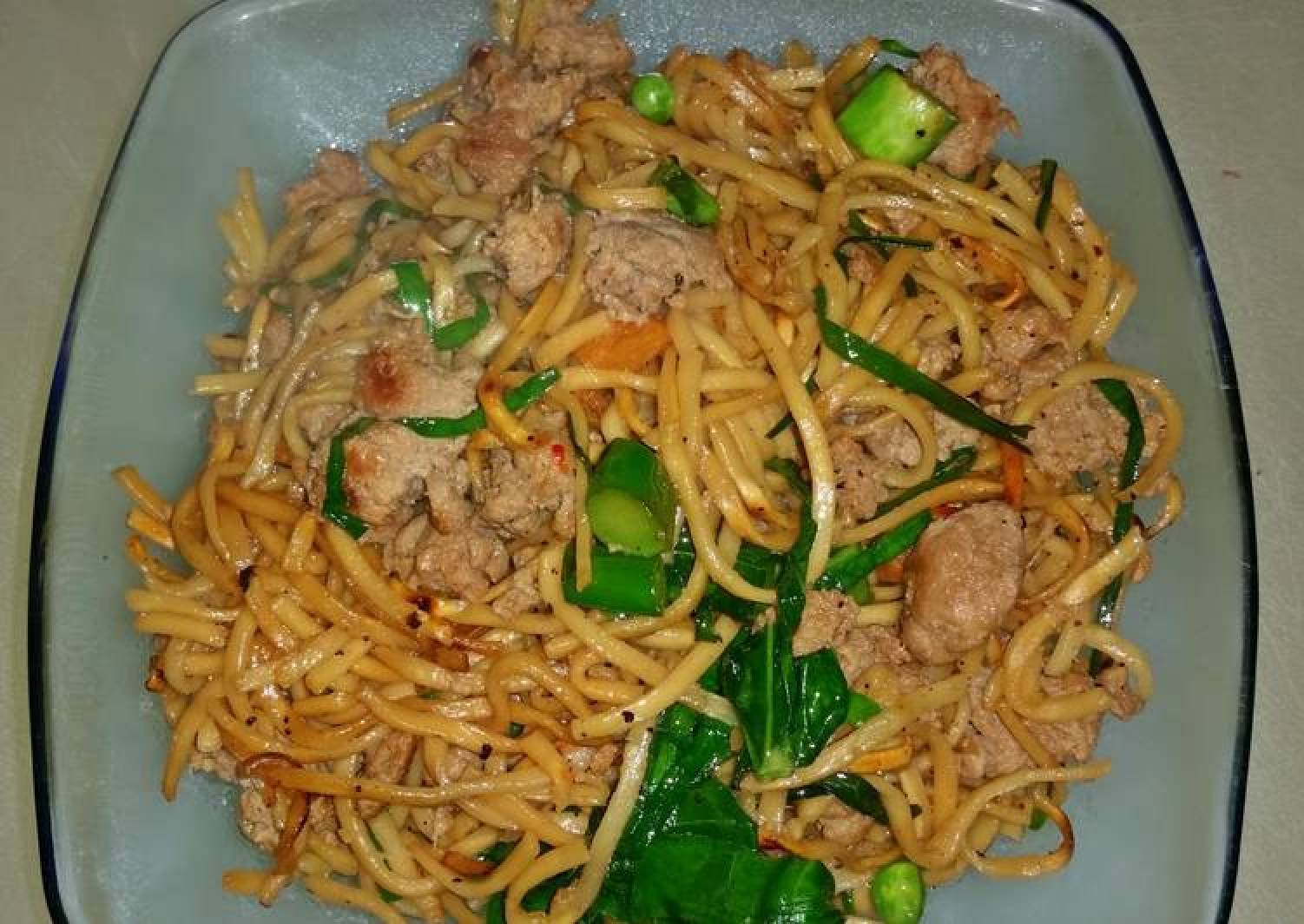 Cantonese Style Pan Fried Noodles