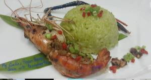 Garlic and Pepper Prawn Serve with Green Jasmine Rice