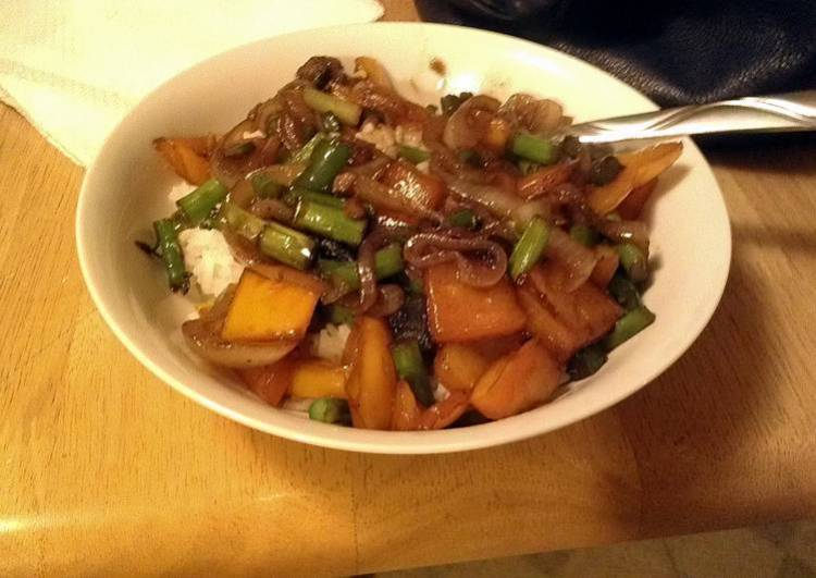 easy vegetable stir fry with soy sauce and honey