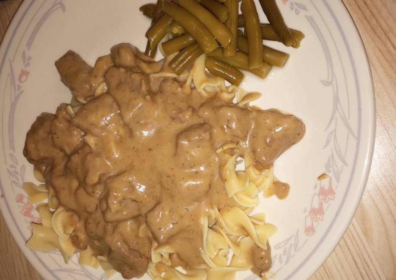 Beef in Wine Dill Sauce