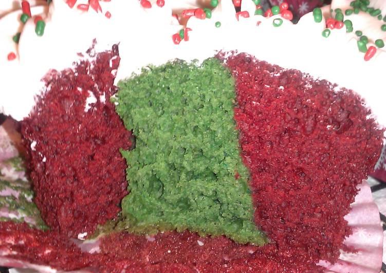 """"""" Livetorides """" Holiday Velvet Cupcakes....."""
