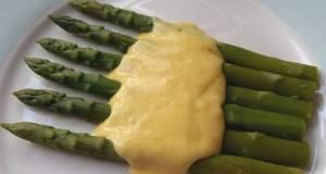 Vickys Asparagus with Vegan Hollandaise Sauce GF DF EF SF NF