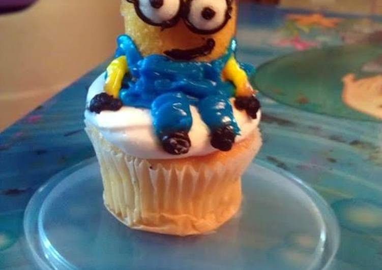 picable Me: Minion Cupcakes