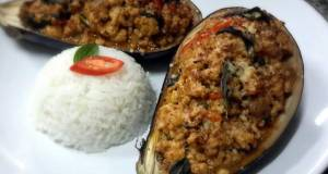 Kanyas Chicken and Eggplants Curry