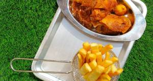 Yam fingers with spicy chicken sauce