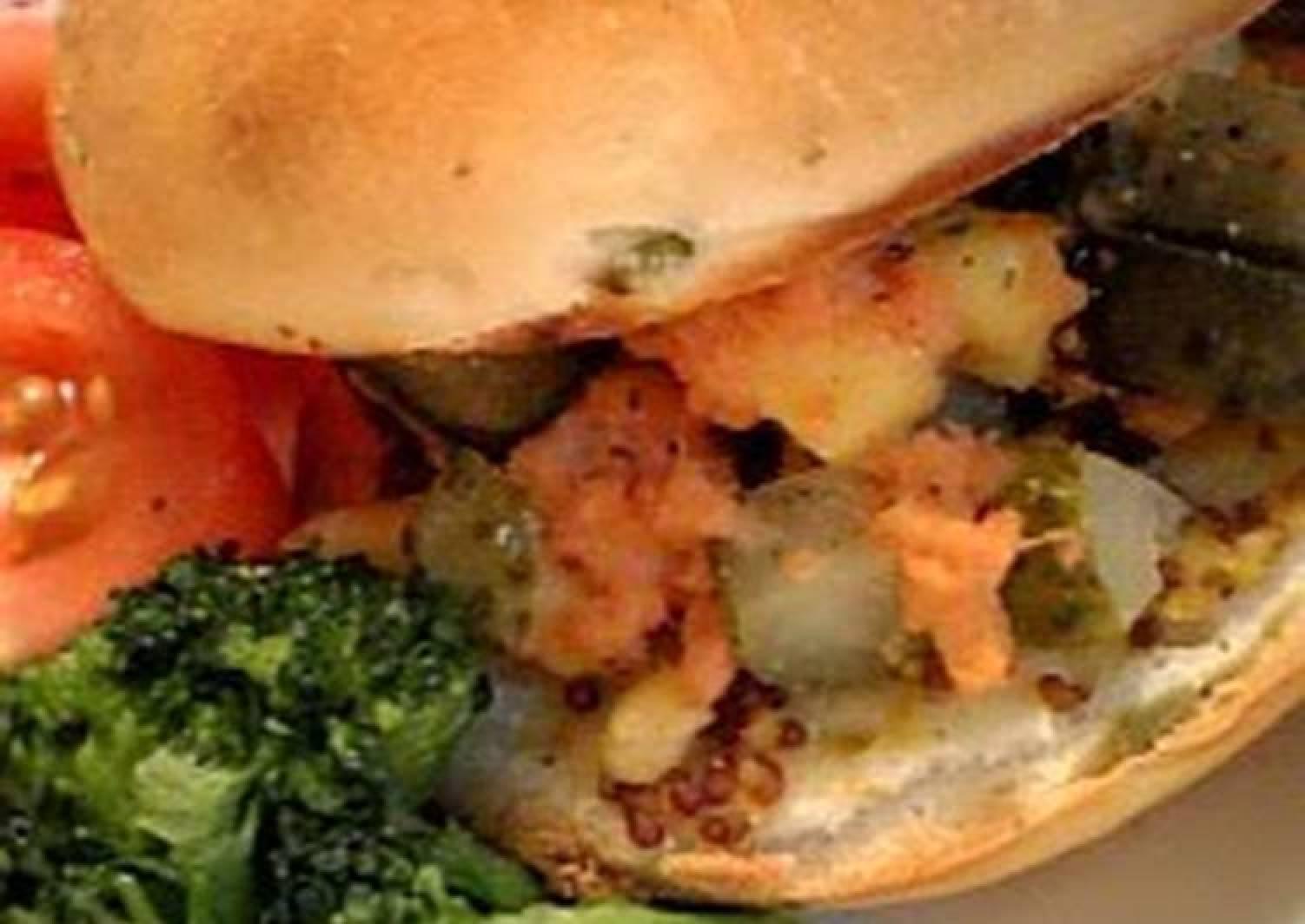 Cafe-style Bagel Sandwich