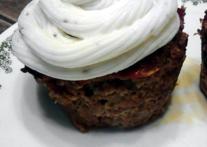 Meatloaf Cupcakes W/ Mashed Potato Frosting