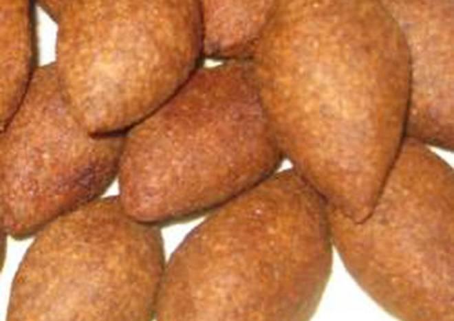 Kibbeh meatballs - kibbeh 'rass