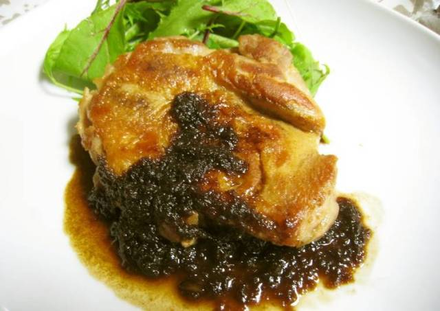 Simple and Very Delicious Chicken Sauté with Balsamic Vinegar Sauce