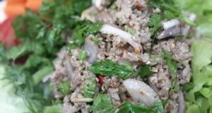 Larb Moo / Thai Spicy Minced Pork Salad
