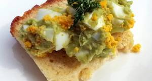 Avocado Egg Salad / Mayonaise Free