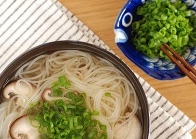 Simple Somen Noodles in Hot Soup