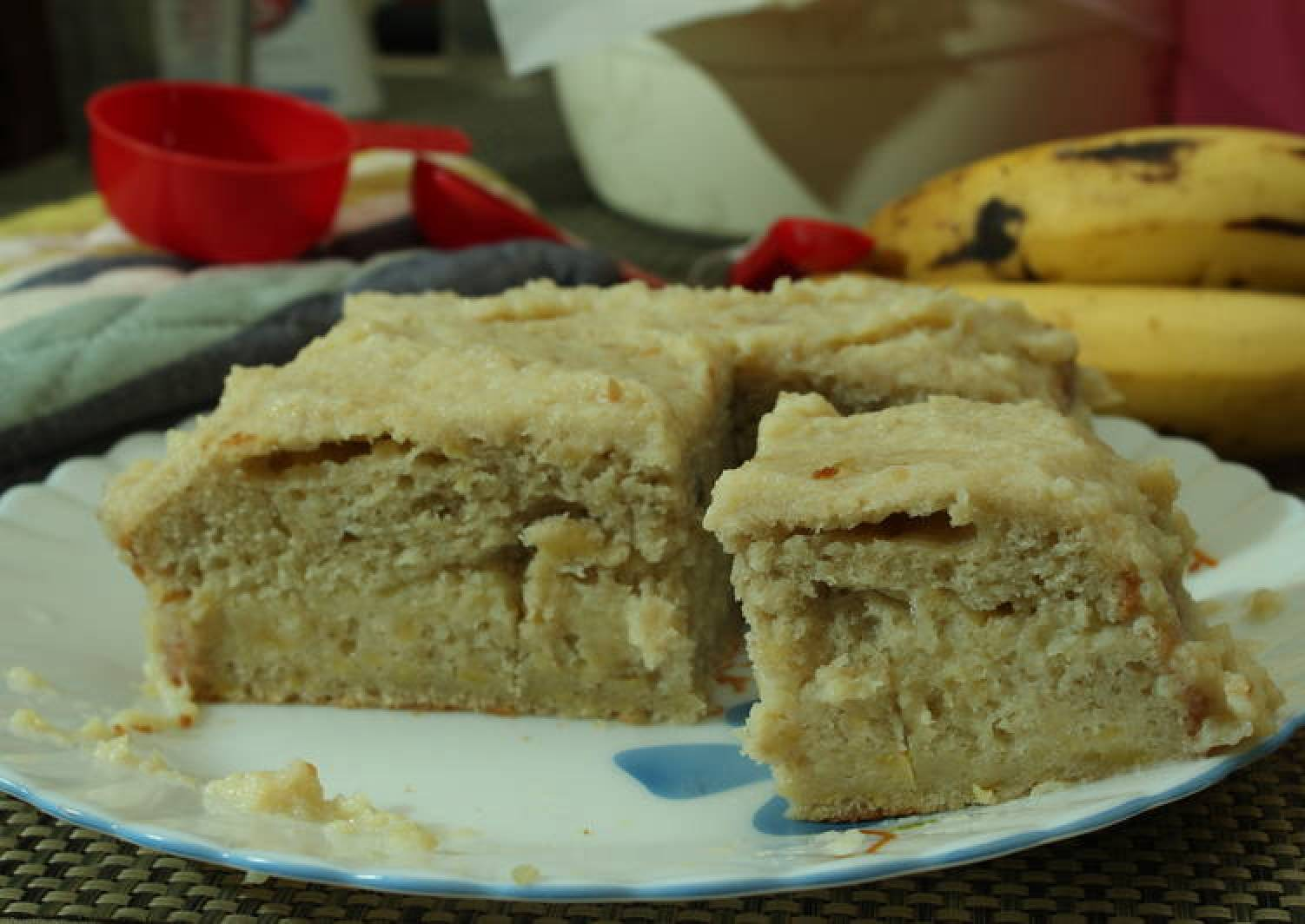Super Moist Banana Cake with Apple sauce in condensed milk!!