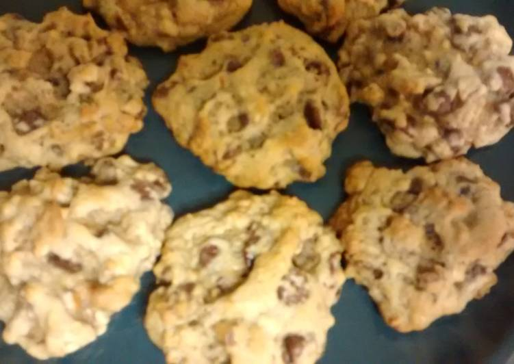 TLS Pretzel chocolate chip cookies