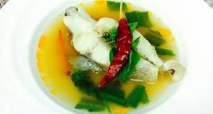 Tom Som / spicy and sour fish soup