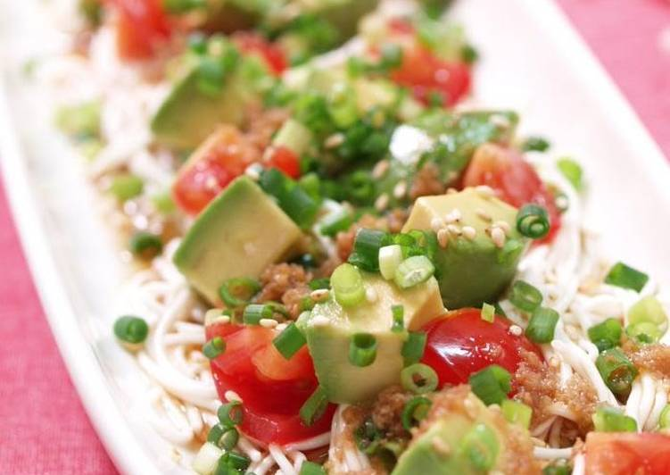 Chinese Style Tofu Somen Noodles with Avocado and Tomato