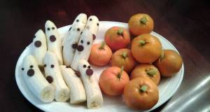 Halloween Banana Ghosts and Tangerine Pumpkins