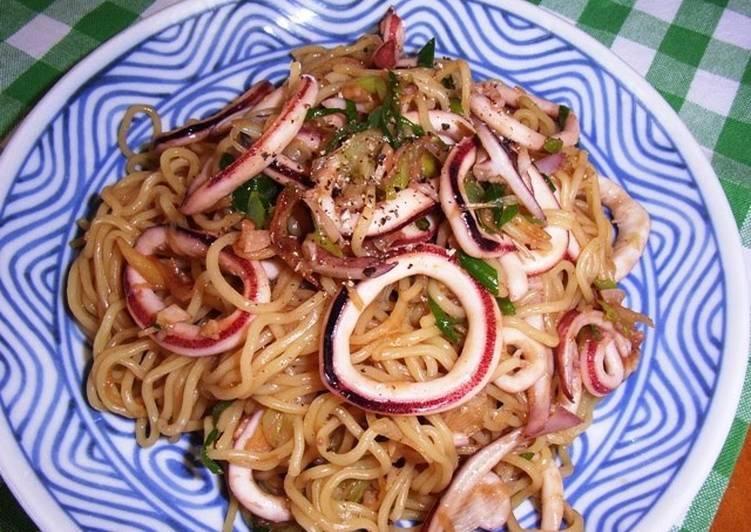Simple Squid Yakisoba Stir-Fried Noodles Oyster Sauce