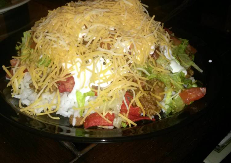 Bangin' Hot Fritos Fiesta Salad