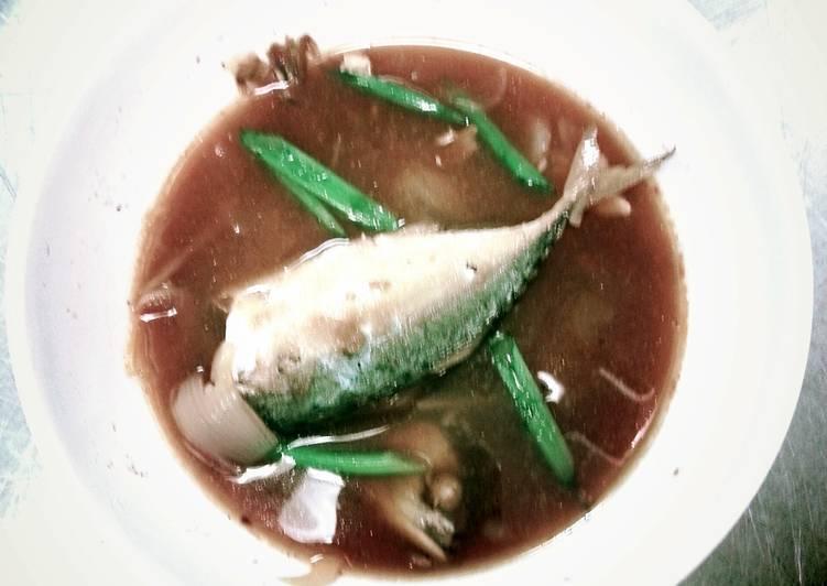 Three flavour Thai mackerel soup (Traditional)