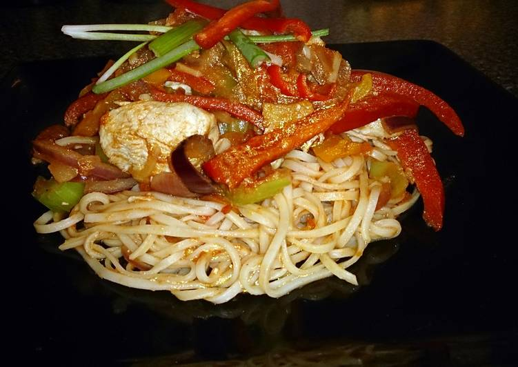 Chinese chicken stir fry with egg noodles