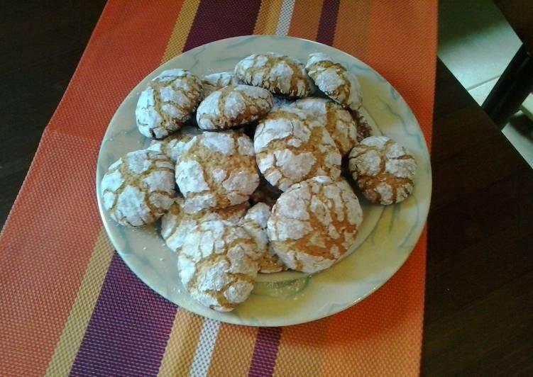 Moroccoan almond cookies