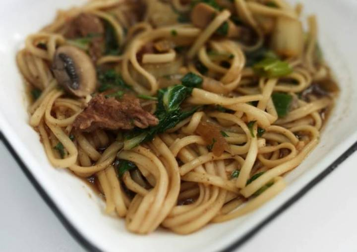 Asian Beef and Noodle Soup
