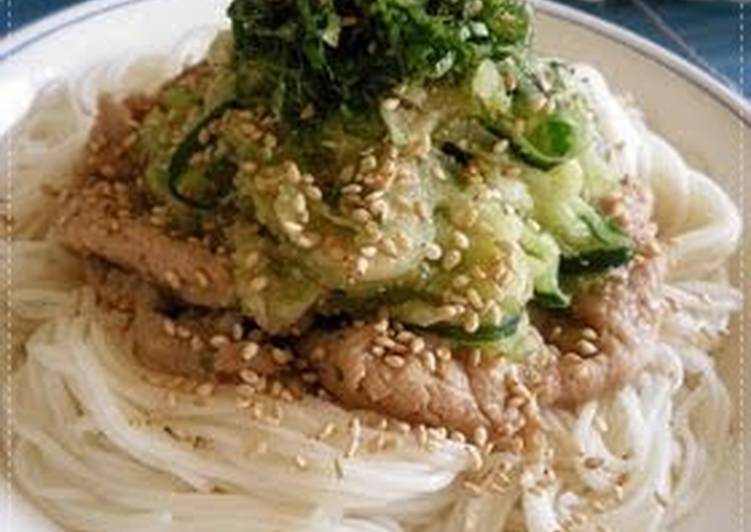 Somen Noodles with Cucumber and Pork