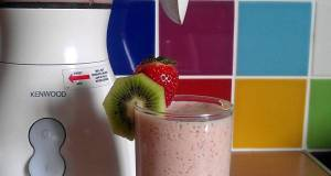 Vickys Strawberry  Kiwi Smoothie GF DF EF SF NF
