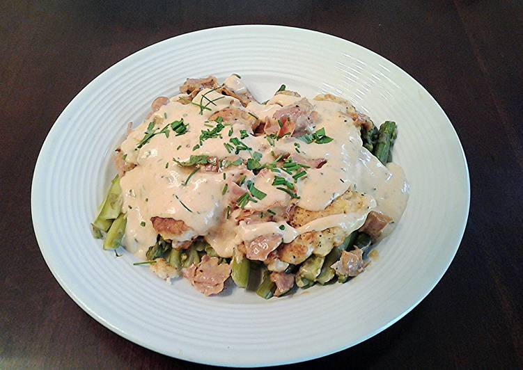 Chicken with Asparagus,, Ham and Bearnaise Sauce