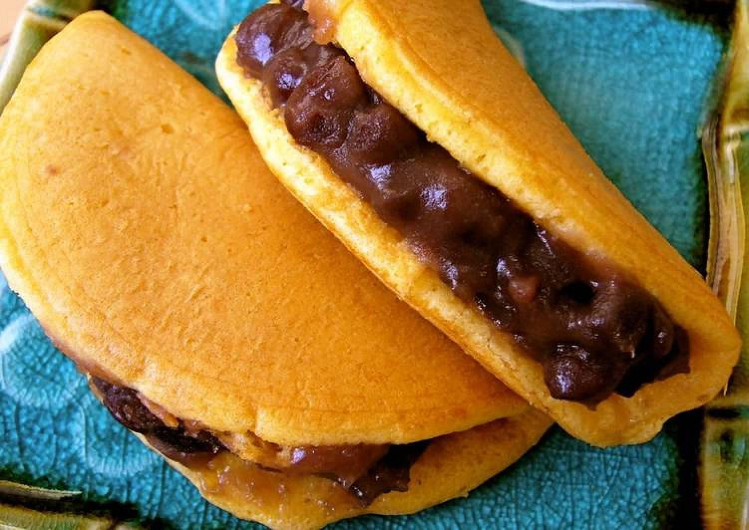 Dorayaki with Pancake Mix (Anko and Butter)