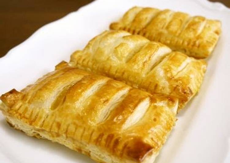 Easy Apple Pies with Frozen Puff Pastry