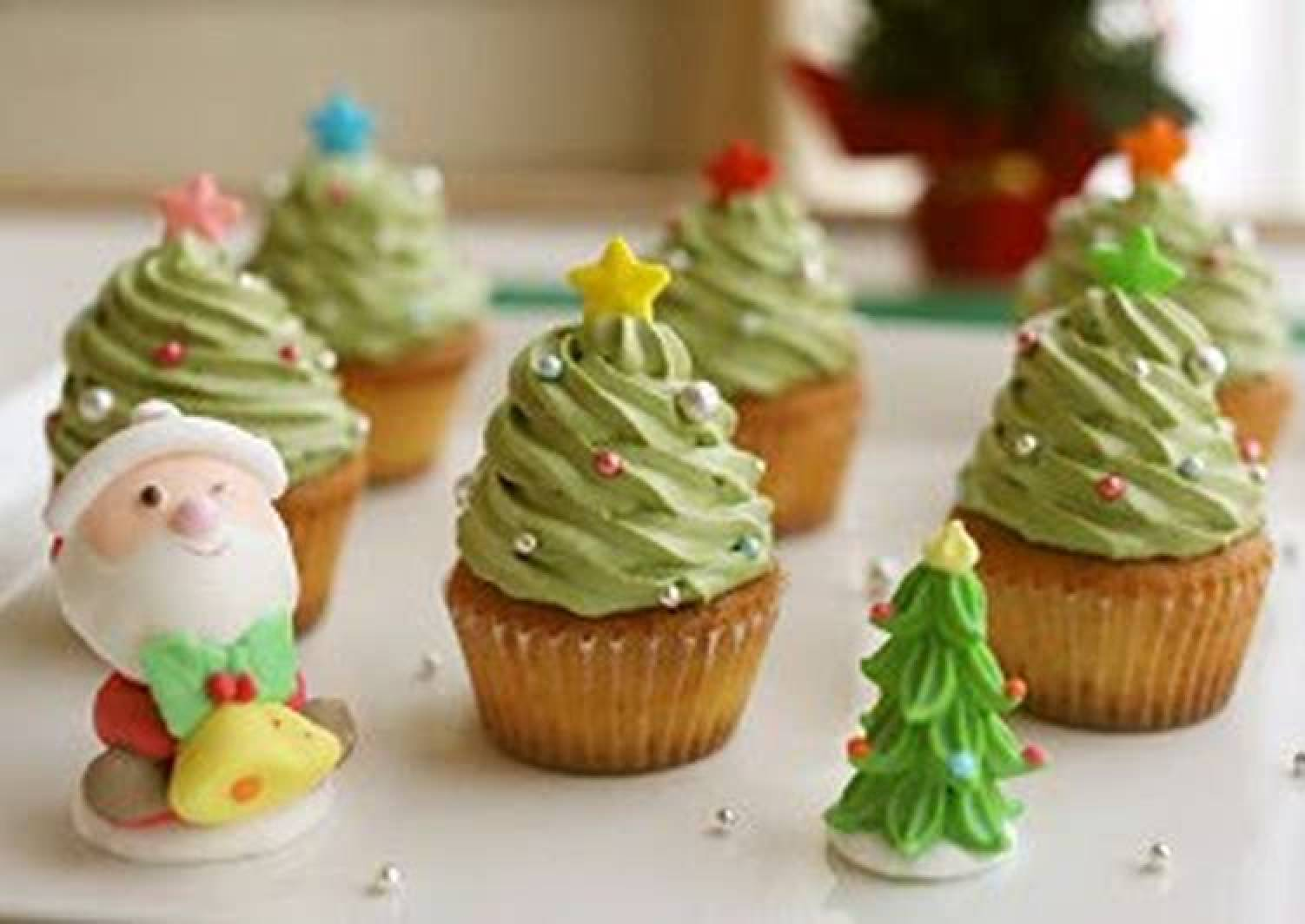 Easy! Christmas Tree Cupcakes