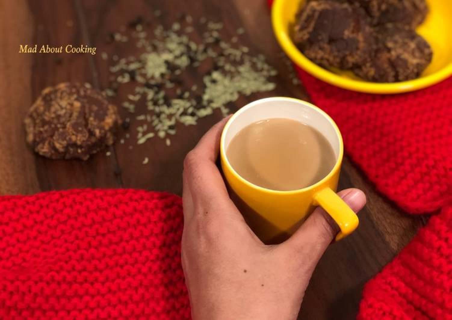 Gur Wali Chai – Tea With Jaggery – Healthy Winter Beverages – No Sugar Tea