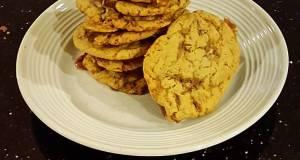 Chocolate Peanut Crunch Caramel Cookies