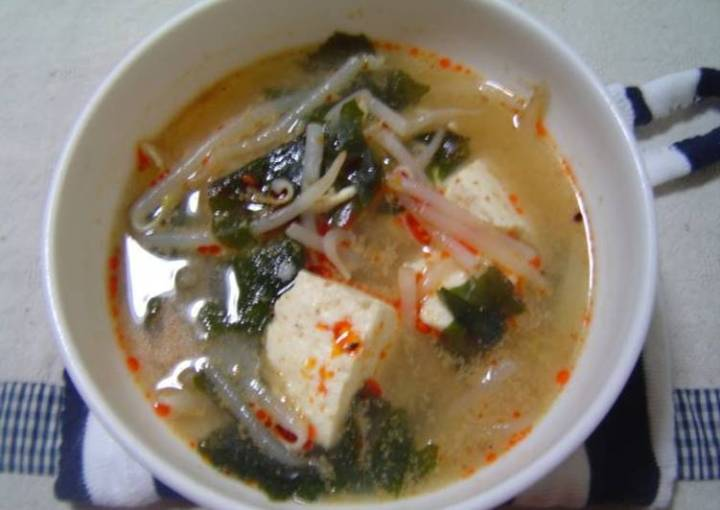 Miso Soup with Chicken Broth
