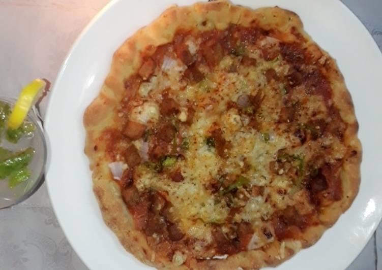 Pizza chicken Tikka Pizza